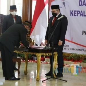 Percepat PTM dan Jangkauan Damkar, Mas Bup Lantik Kepala Sekolah dan Petugas Fungsional Damkar