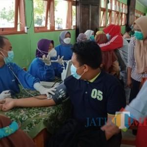 Siswa Siswi SMP di Kabupaten Madiun Sambut Gembira Vaksinasi Covid- 19, Penanda Pembelajaran Dimulai