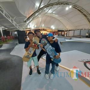Skateboarder Lintas Usia Ramaikan Soft Opening Apocalypse Park