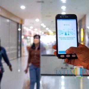 Pemkot Kediri Mulai Gunakan Aplikasi PeduliLindungi di Pusat Perbelanjaan