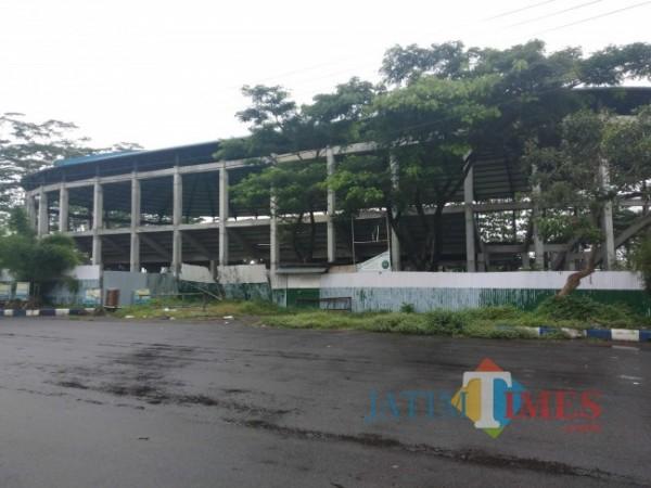 Kondisi GOR Tipe B saat ini yang berada di areal Stadion Kanjuruhan, Kepanjen.(Foto: Riski Wijaya/MalangTIMES).