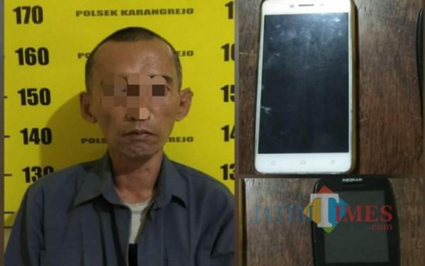 Pelaku AS dan barang buktinya diamankan di Polsek Karangrejo / Foto : Dokpol / Tulungagung TIMES