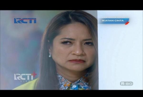 Salah satu adegan Mama Rosa di sinetron Ikatan Cinta RCTI. (Foto: RCTI+).