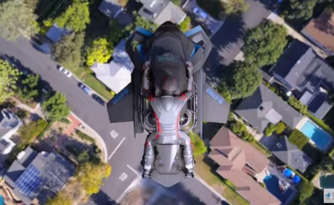 Sepeda motor terbang2