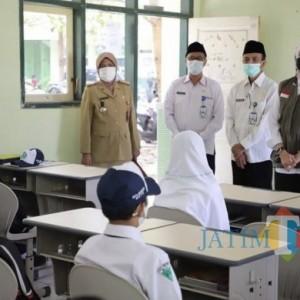 4 Sekolah Awali PTM di Kota Batu, Dewanti Minta Siswa Tertib Protokol Kesehatan
