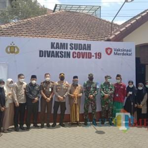 Dukung Percepatan Vaksinasi, Polresta Malang Kota Sasar Santri Ponpes Sabilurrosyad