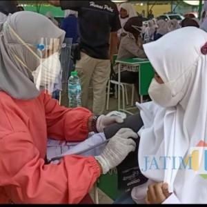 Jalankan Instruksi Presiden, Vaksinasi di Tuban Sasar Pondok Pesantren
