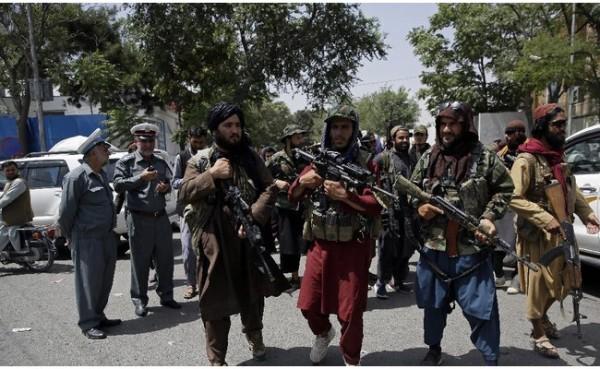 Kelompok Taliban (Foto: AP)