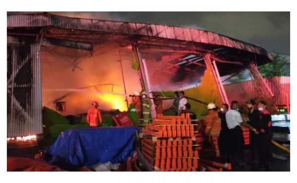 Lapas Tangeran Terbakar (Foto: BeritaSatu.com)