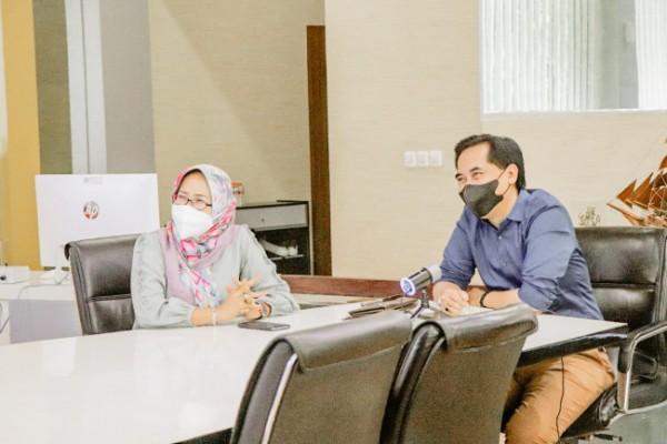 Direktur Utama Perumda Air Minum Tugu Tirta Kota Malang, M Nor Muhlas S.Pd, M.Si (kanan) bersama Direktur Teknik, Ir Ari Mukti MT (Ist)