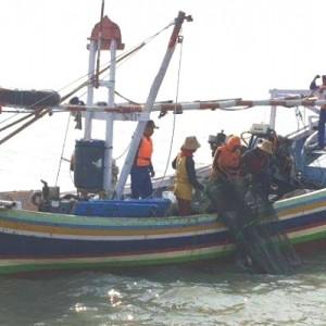 Pakai Jaring Cantrang, Seorang Nelayan Asal Lamongan Disidang di PN Gresik