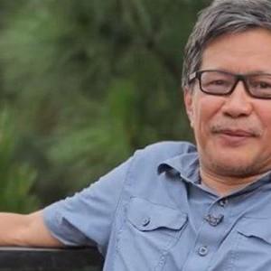 Melihat Hunian Nyaman Rocky Gerung di Atas Tebing yang Diklaim Milik Sentul City