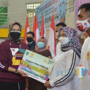 9 atlet Dilepas ke PON XX, Wali Kota Batu Janjikan Hadiah