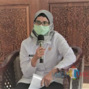 Pantau Vaksinasi Pelajar di Blitar Selatan, Mak Rini: Anak-anak Harus Pintar dan Sehat