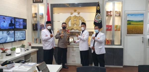 DPD PKS Kota Malang yang melakukan silaturahmi kebangsaan ke Polresta Malang Kota (Ist)