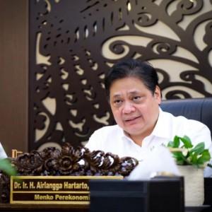 Apresiasi Menko Airlangga soal Dukungan OJK dan Perbankan terhadap Akses Pembiayaan bagi UMKM dan Sektor Informal