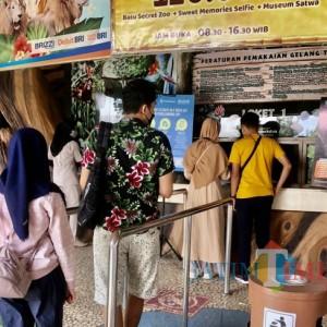 Hari Pertama Uji Coba, Banyak Wisatawan Tak Bisa Masuk ke Jatim Park 2, Mengapa?