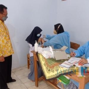 Vaksinasi Santri dan Pelajar Terus Bergulir di Kabupaten Tuban