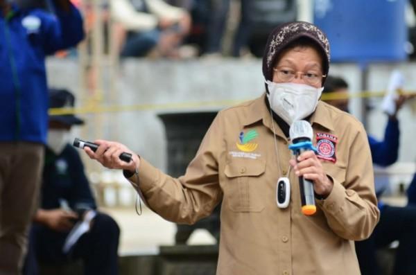 Menteri Sosial RI, Tri Rismaharini saat memberikan arahan tentang kesiapsiagaan terhadap bencana.(Foto: Biro Humas Kemensos RI)