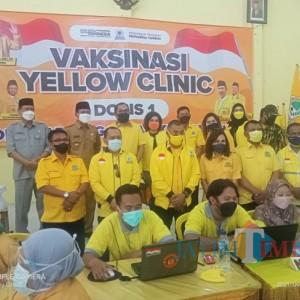 Yellow Clinic, DPD Golkar Ngawi Vaksinasi 1.000 Orang