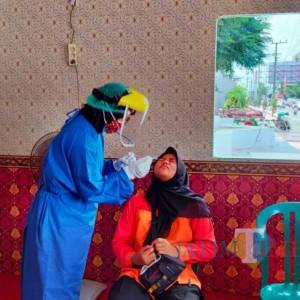 Perluas Testing, Satgas Covid-19 Buka Layanan Tes Covid-19 Gratis di Alun-alun Kota Blitar