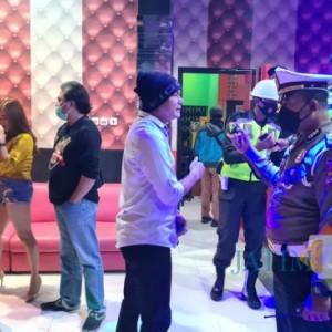 Ngeyel Buka di Masa PPKM, 5 Tempat Karaoke di Kota Blitar Digerebek Satgas Covid