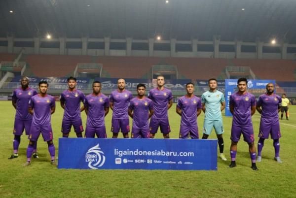 Pemain Persik Kediri usai tanding.(ist)