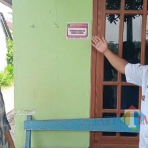 Beri Apresiasi, Pemdes Pasirharjo Blitar Pasang Stiker untuk Rumah Warga yang Sudah Divaksin