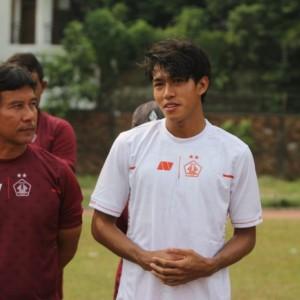 Pelatih Persik Kediri Joko Susilo Kembali Tangani Pasien Baru