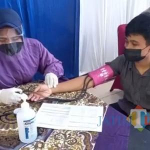 Polres Blitar Gelar Vaksinasi dan Jadi Orang Tua Asuh Anak Yatim Piatu Korban Covid-19