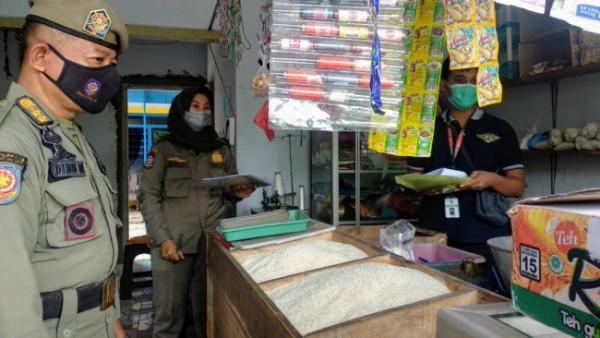 Operasi Satpol PP Lumajang dengan sasaran penjualan rokok illegal (Foto : Kominfo Lumajang)