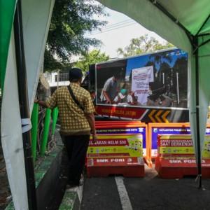 Truk Videotron Polda Jatim Berkeliling Kota Malang, Edukasi Masyarakat Terkait Prokes dan Vaksinasi