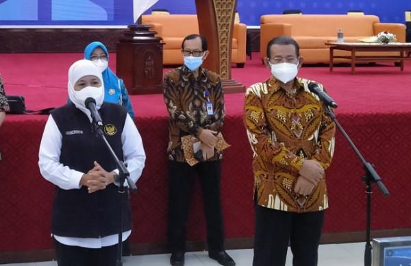 Rektor UB Prof Nuhfil Hanani (kanan depan)(Anggara Sudiongko/MalangTIMES)