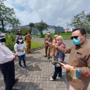 Cek Prasarana Sarana dan Utilitas, KPK Bersama DPKPCK Kabupaten Malang Tinjau Dua Perumahan