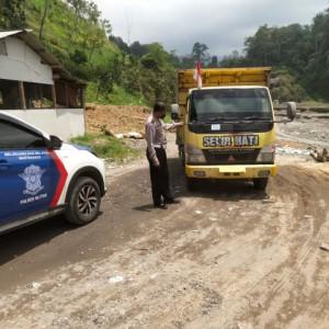 Berbekal Rekaman CCTV, Polres Blitar Tangkap Pelaku Tabrak Lari
