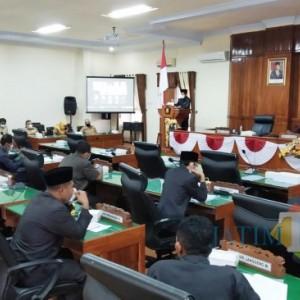 Sidang Paripurna, DPRD Trenggalek Tanyakan Pembayaran Hutang PEN