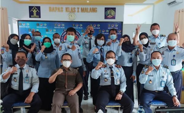 Kegiatan Peningkatan Kualitas Pelayanan Prima, kerjasama antara FISIP Universitas Brawijaya dengan BAPAS Klas 1 Malang (Foto: Dok IST)