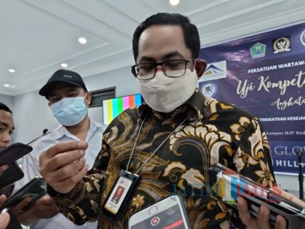 Kepala OJK Malang, Sugiarto Kasmuri.(Foto: Riski Wijaya/MalangTIMES).