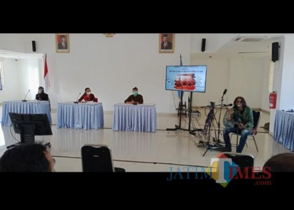 Suasana Rembug Kreatif Sub Sektor Musik dan Seni Pertunjukan yang digelar Bappeda Kota Malang, Rabu (22/9/2021). (Arifina Cahyanti Firdausi/MalangTIMES).