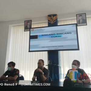 Diskominfo Kabupaten Sampang Bersama Bea Cukai Madura Gelar Sosialisasi Tentang Cukai Ilegal