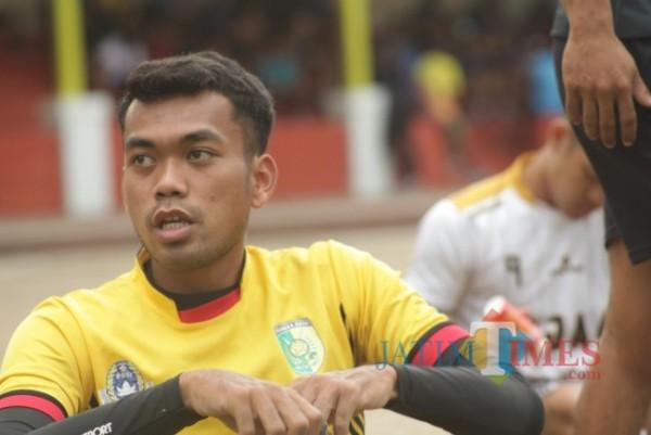 Sheva tengah berlatih bersama Persedikab di Stadion Canda Bhirawa Pare Kediri.(ist)