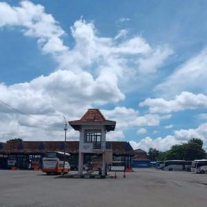 Kasus Covid-19 Menurun, Penumpang di Terminal Patria Kota Blitar Alami Peningkatan