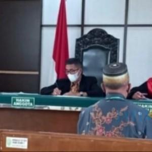 Kasus Dangdutan, Kepala Dikbud Bondowoso Divonis Bersalah Dijatuhi Denda Rp 3 Juta