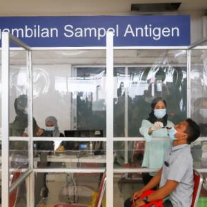 Mulai Hari Ini, 7 Stasiun di Daop 8 Turunkan Tarif Swab Antigen di Stasiun Menjadi Rp 45 ribu