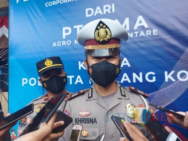 Kasat Lantas Polresta Malang Kota AKP Yoppy Anggi Khrisna saat ditemui awak media di Mapolresta Malang Kota beberapa waktu lalu. (Foto: Tubagus Achmad/JatimTIMES)