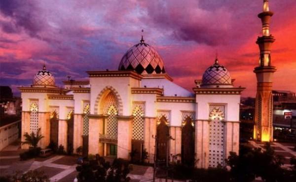 Masjid Raya Makassar (Foto: blogspot)