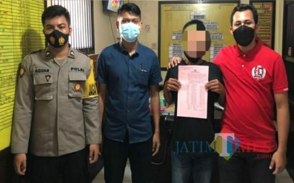 Tersangka ST saat ditangkap petugas (Foto: Humas Polres Tulungagung for TulungagungTIMES)