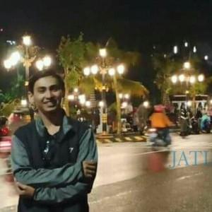 Fajri Yaldi, Berawal Suka Jualan Kini Jadi CEO di Usia 21 Tahun
