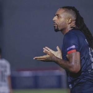 Tak Bisa Cetak Gol, Pelatih Arema FC Heran dengan Timnya