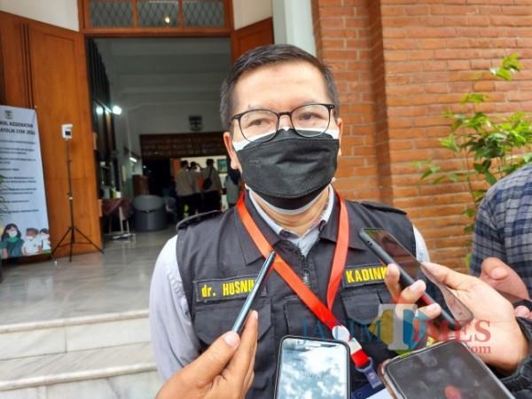 Kepala Dinas Kesehatan Kota Malang dr Husnul Muarif saat ditemui awak media di SMA Katolik Cor Jesu Malang beberapa waktu lalu. (Foto: Tubagus Achmad/JatimTIMES)
